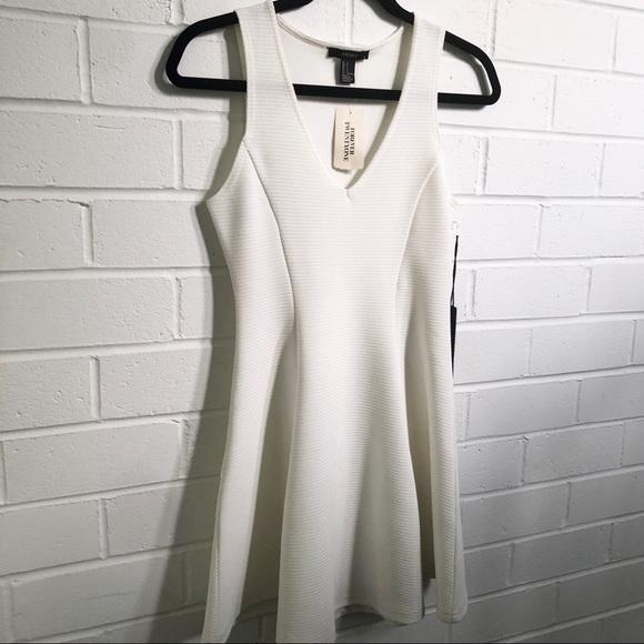 Forever 21 White Dress Sz Small BNWT